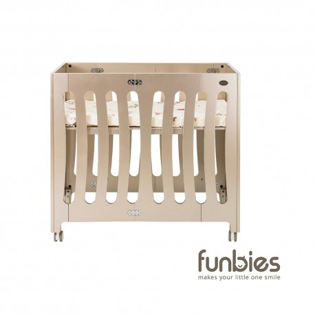 Funbies Amour Folding Cot